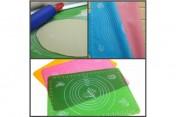 Силиконовый коврик для раскатки теста МАКСИ (70*70)